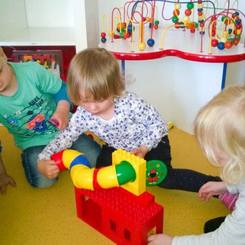 Spieldorf Kinderbetreuung