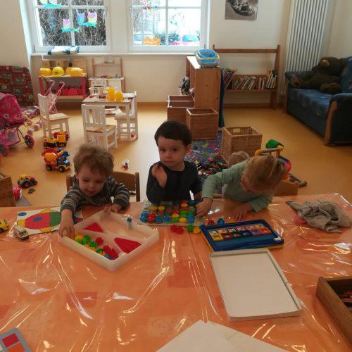 Spielsachen und Kinderbetreuung
